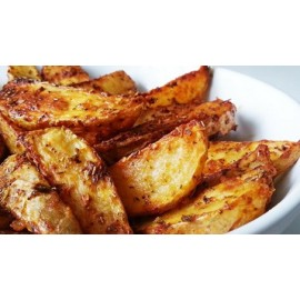 ROASTED POTATOES WEDGES IN BRAVA SAUCE